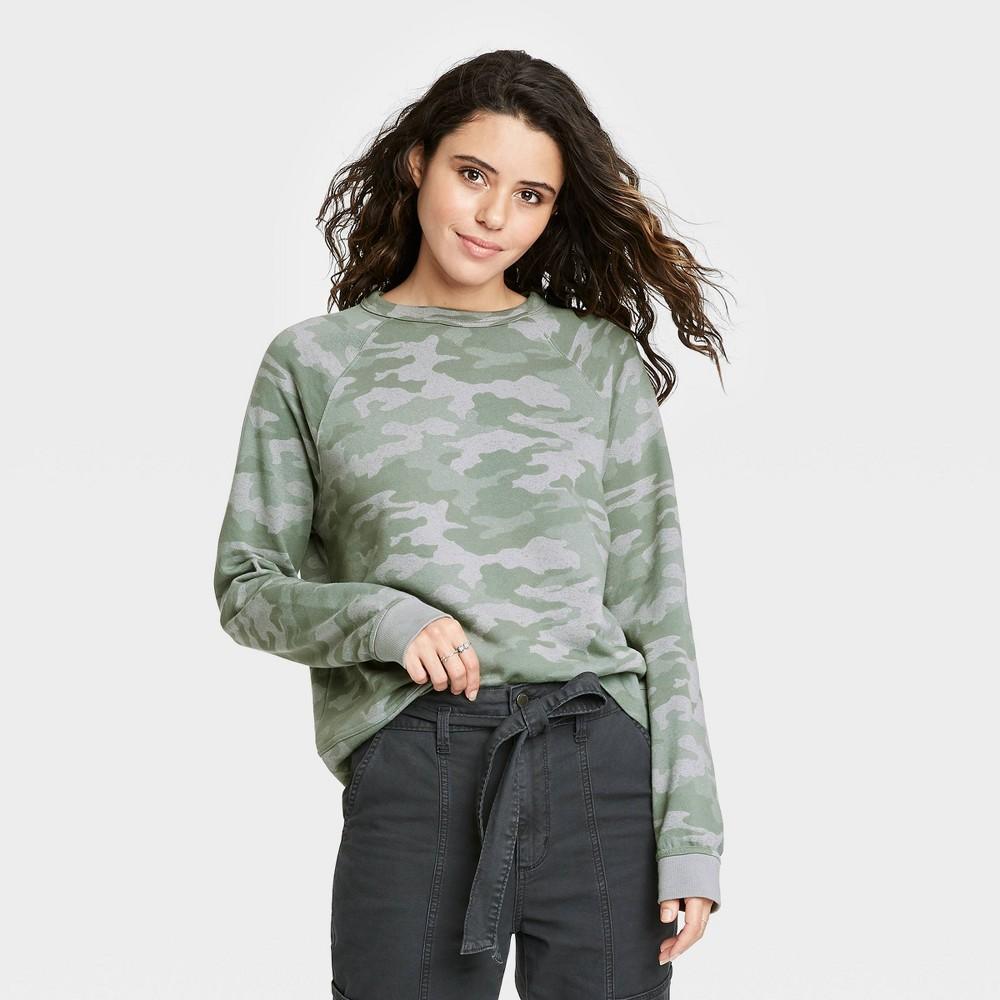 Women 39 S Camo Print Sweatshirt Universal Thread 8482 Dark Green Xxl