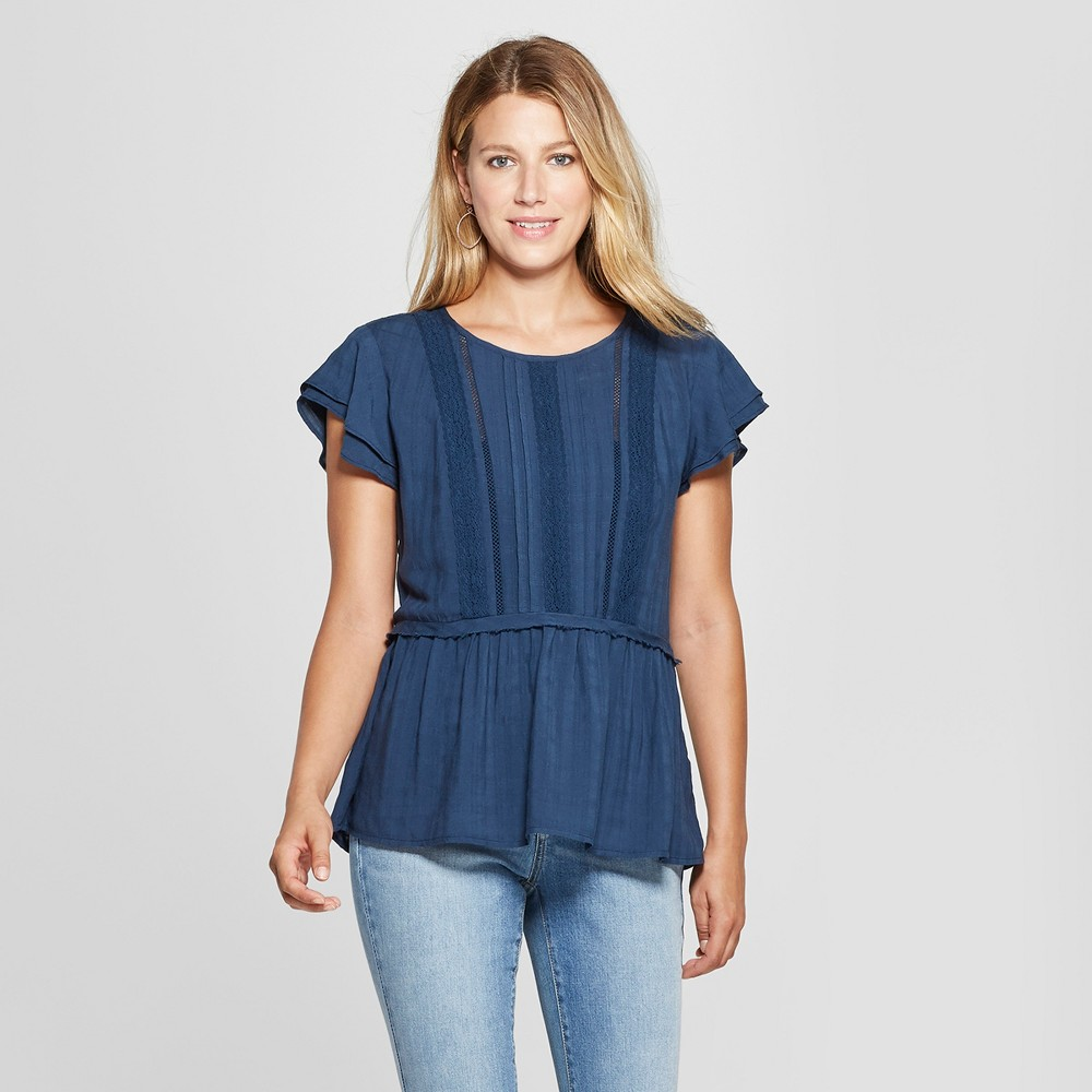 Women's Flutter Short Sleeve Windowpane Lace Back Top - Knox Rose Sapphire (Blue) M