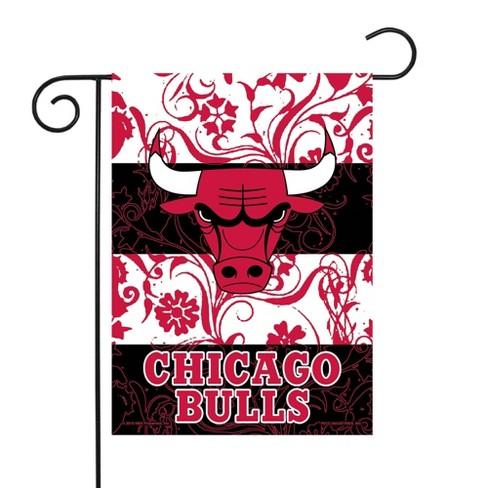 Nba Chicago Bulls Garden Flag With Pole Target