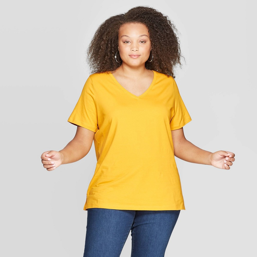 Women's Plus Size Short Sleeve V-Neck Standard Fit Essential T-Shirt - Ava & Viv Yellow 1X
