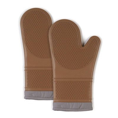 "2pk 7.5""X13"" Silicone Oven Mitts Brown - Town & Country Living"