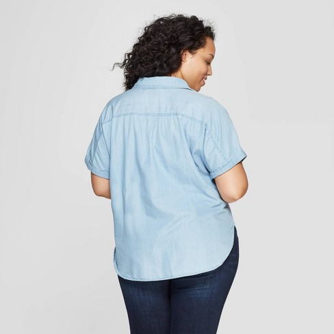 3fa6c0f6981af Women s Plus Size Short Sleeve Collared Denim Camp Shirt - Universal Thread™  Light Blue   Target