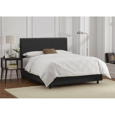 California King Arcadia Nailbutton Linen Upholstered Bed Linen Black - Skyline Furniture