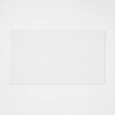 """20""""x34"""" Antimicrobial Bath Mat White - Total Fresh"""