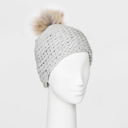 Women's Chunky Knit Beanie - Universal Thread™ - image 1 of 1