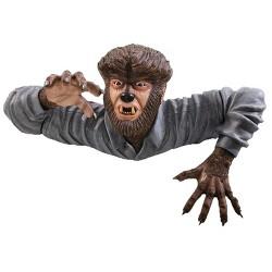 The Wolfman Grave Walker Universal Monsters Halloween Decorative Sculpture