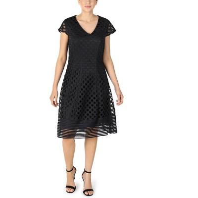 Sandra Darren - Women's V-Neck Cap Sleeve Circle Lace Fit & Flare Dress