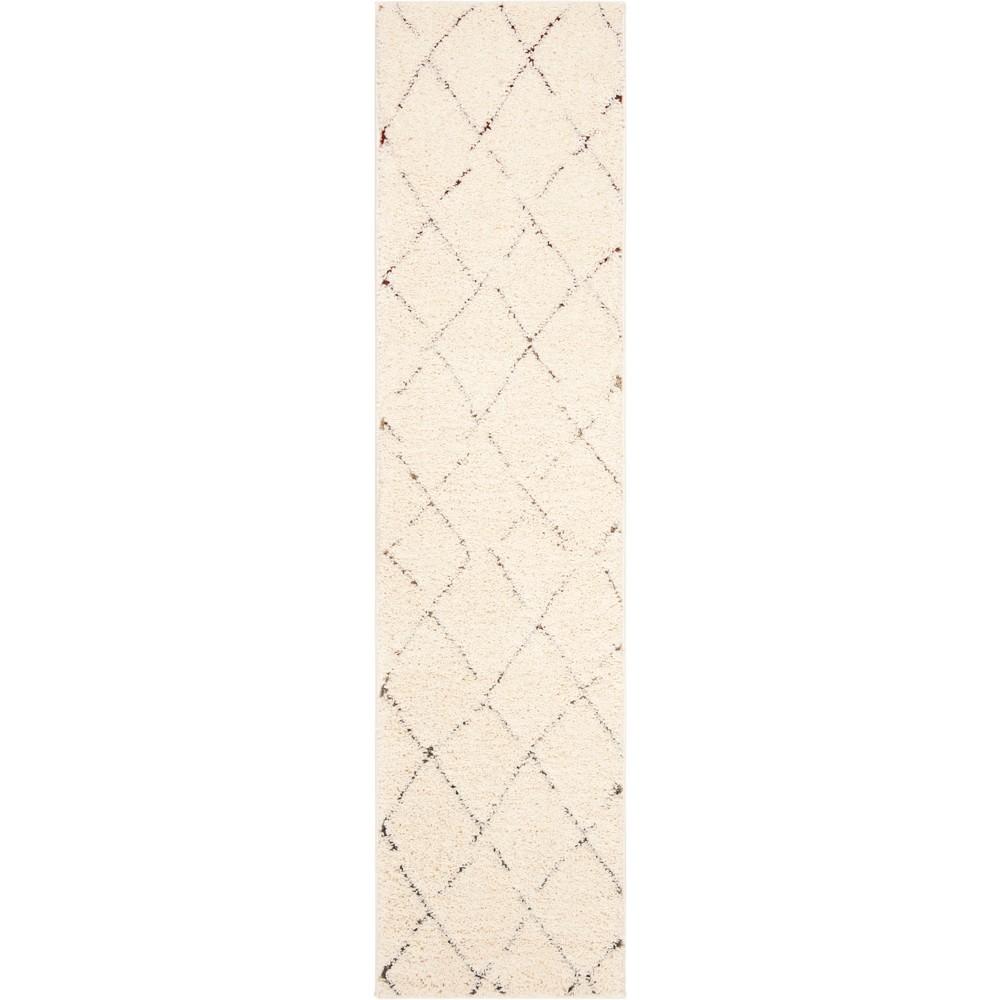 2'X8' Geometric Loomed Runner Cream - Safavieh, Beige