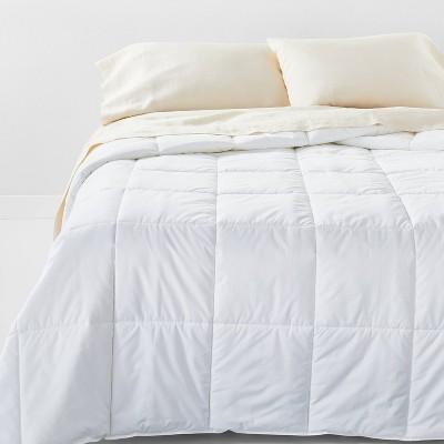 King Light Weight Down Alternative Comforter - Casaluna™