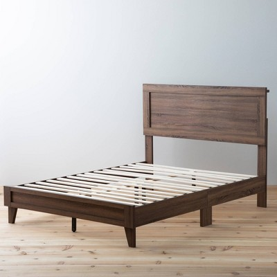 Queen Leah Classic Wood Platform Bed Southern Oak -Brookside Home