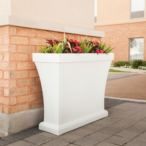 32 Rectangular Bordeaux Trough Planter Mayne