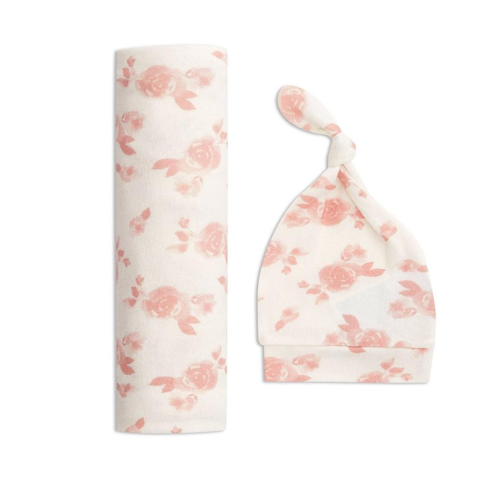 Image of Aden + Anais Snuggle Knit Swaddle Gift Set Rosettes