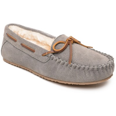 Minnetonka Women's Suede Comfy Moc Moccasin Slippers