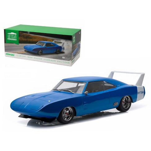 Blue Dodge Charger >> 1969 Dodge Charger Daytona Custom Blue With White Rear Wing 1 18 Diecast Model Car By Greenlight