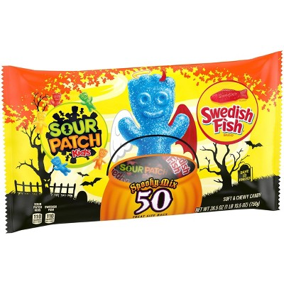 Sour Patch Kids & Swedish Fish Halloween Candy Variety Pack Treat Size - 26.5oz/50ct