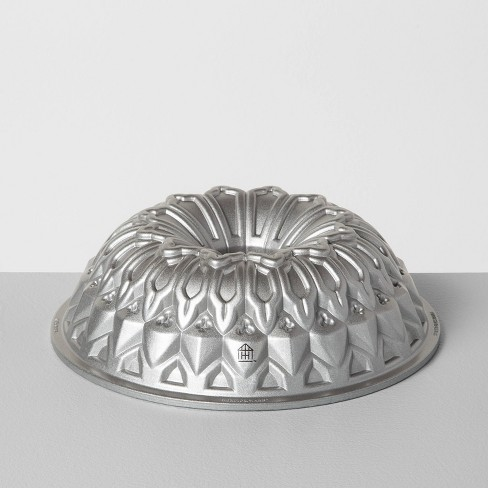 9 Cup Bundt Pan - Hearth & Hand™ with Magnolia - image 1 of 4