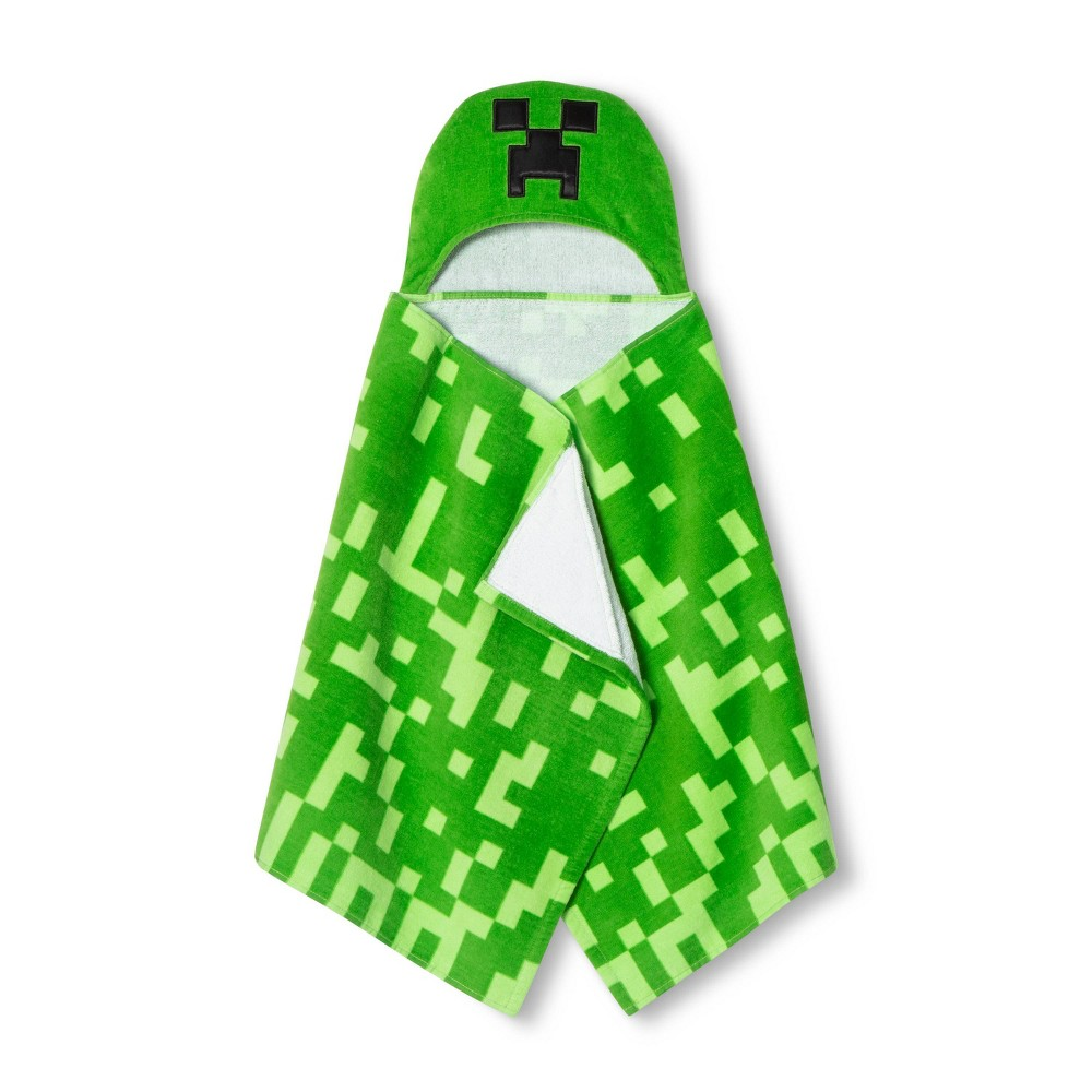Image of Minecraft Creeper Hooded Bath Towel Green