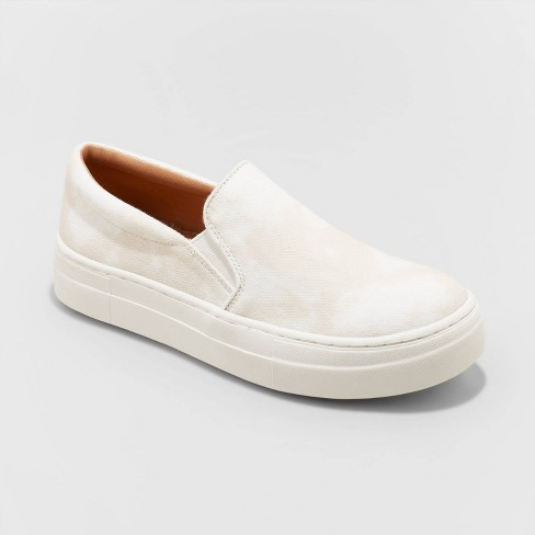 Women's Alvina Sneakers - Universal Thread™ - image 1 of 4