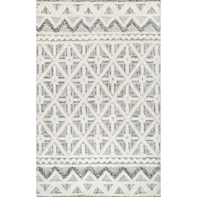 nuLOOM Mcclaire Handmade High Low Wool Shaggy Geometric Diamonds Area Rug