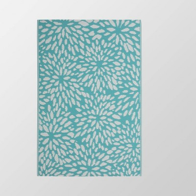 4'x6' Altisma Outdoor Modern Scatter Rug Turquoise/White - Christopher Knight Home