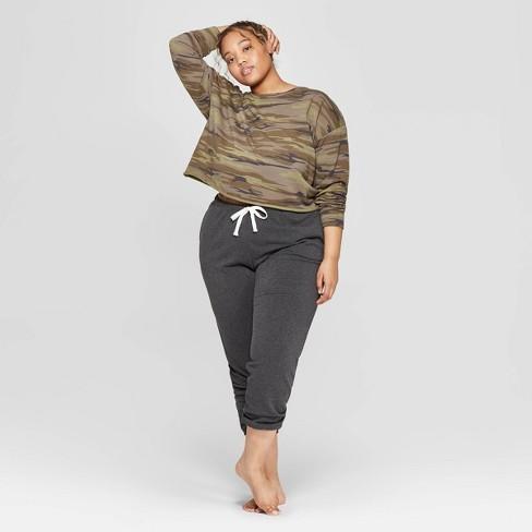 01030981d91 Women s Plus Size Camo Print Cropped Crewneck Lounge Sweatshirt - Colsie™  Green