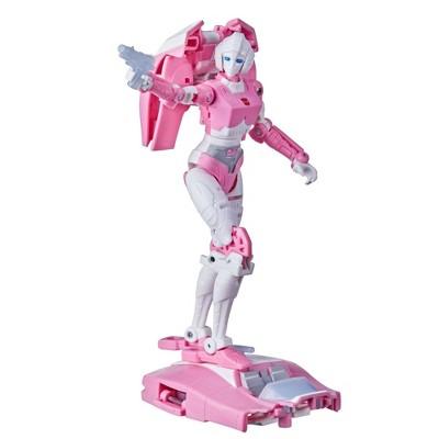 Hasbro Transformers Figures - Arcee