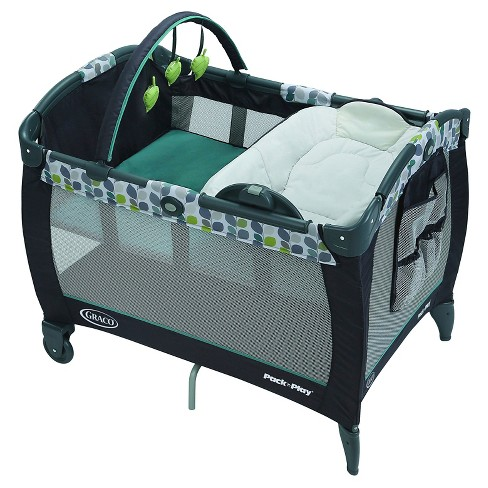 Graco Pack 'n Play Playard with Reversible Seat and Changer Bassinet - image 1 of 4