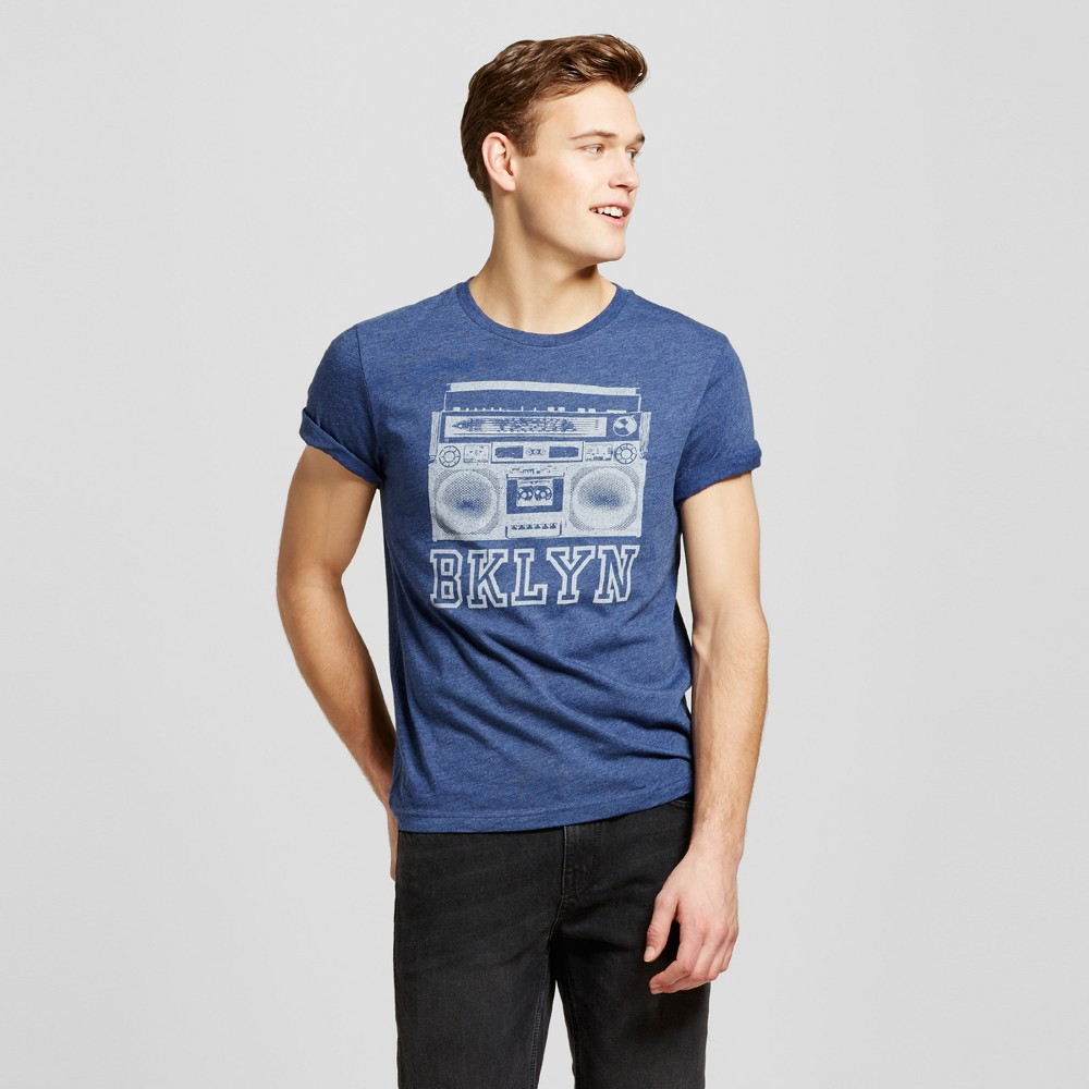 Men's New York Boom Box T-Shirt S - Navy, Blue VIntage gear meets modern style with the Brooklyn Boombox Short-Sleeve Graphic T-Shirt from Awake. This cool graphic tee is a great callback to the bygone decade when boomboxes reigned supreme on the streets of New York, and it's a low-key fashionable way to rep the borough that gave the world artists like Jay-Z and Mos Def. Size: S. Color: Blue. Gender: Male. Age Group: Adult. Pattern: Shapes. Material: Cotton.
