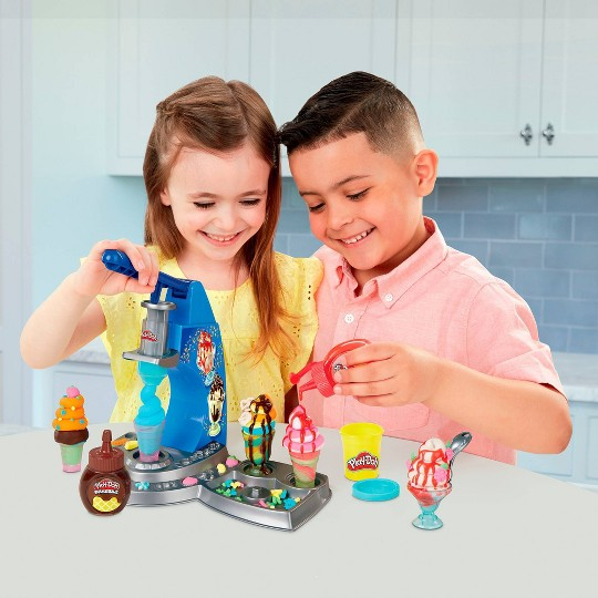 Play-Doh Kitchen Creations Drizzy Ice Cream Playset image number null