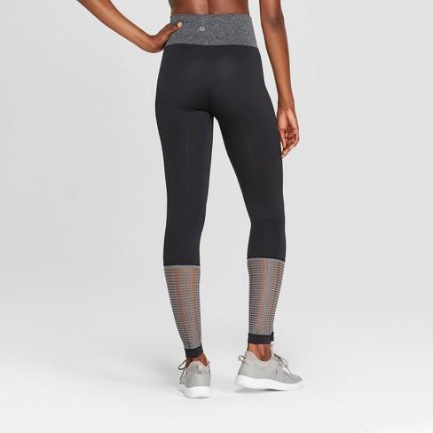 6bc642adf97ec Women's Seamless Mesh Mid-Rise Capri Leggings 23
