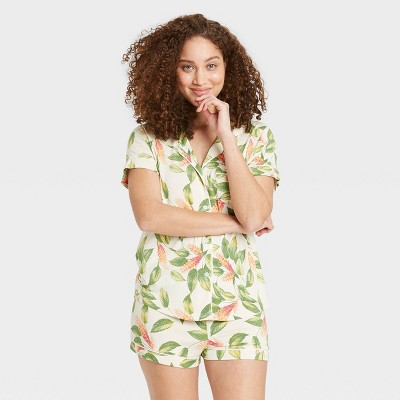 Women's Floral Print Beautifully Soft Short Sleeve Notch Collar Top and Shorts Pajama Set - Stars Above™ Cream