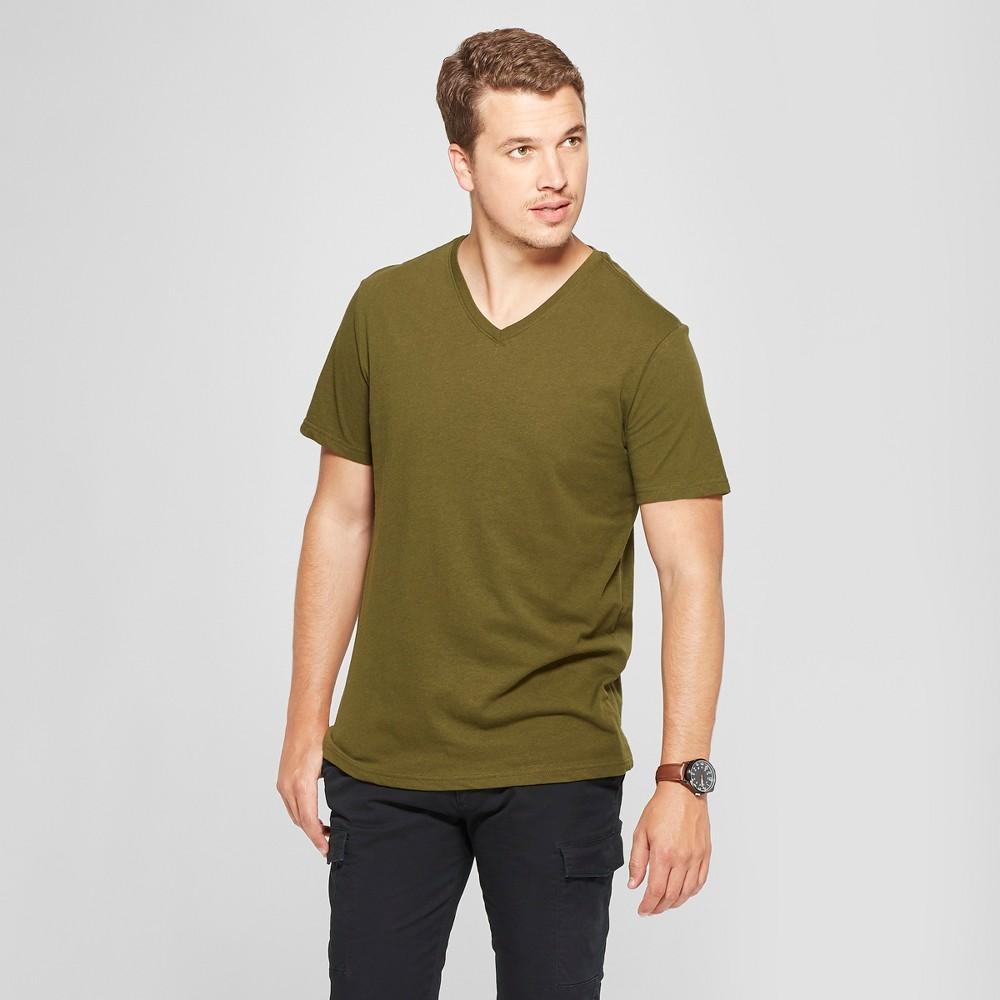 Men's Standard Fit V-Neck Short Sleeve T-Shirt - Goodfellow & Co Military Green M