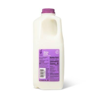 Skim Milk - 0.5gal - Good & Gather™