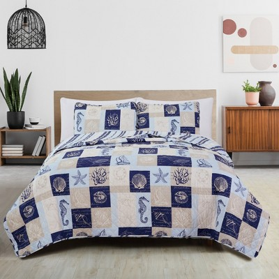 Great Bay Home Coastal Patchwork Reversible Quilt Set