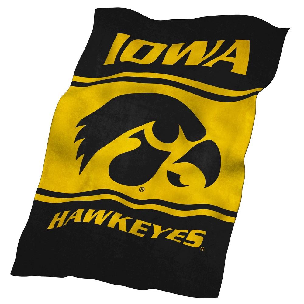 Iowa Hawkeyes Ultrasoft Throw Blanket
