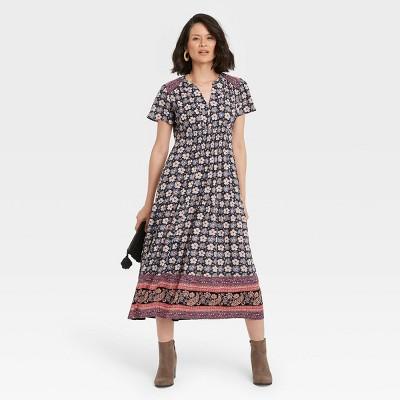 Women's Flutter Short Sleeve Smocked Dress - Knox Rose™ Black Floral