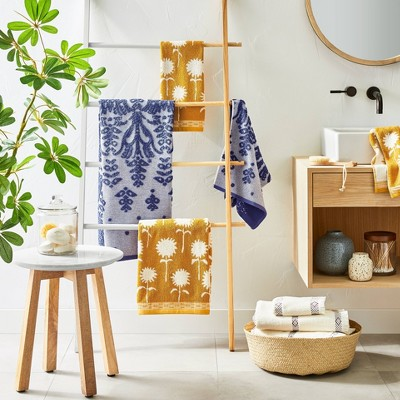 Fall Bathroom Décor with Blue & Yellow Towels Collection