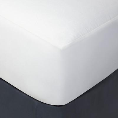 Queen Kids Mattress Protector Cover - Pillowfort™