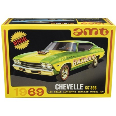 Skill 2 Model Kit 1969 Chevrolet Chevelle SS 396 3 in 1 Kit 1/25 Scale Model by AMT
