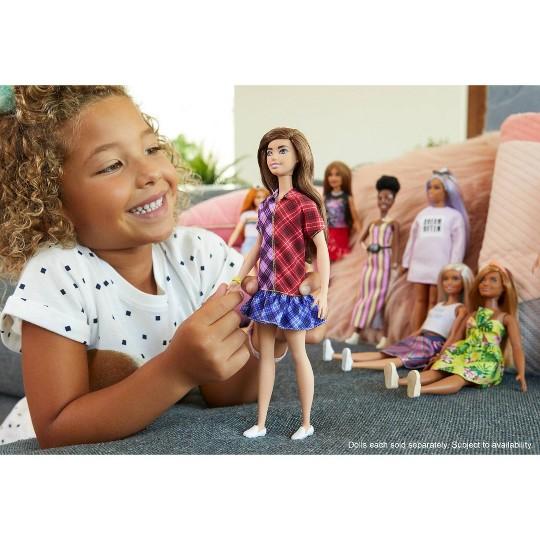 Barbie Fashionistas Mad for Plaid Fashion Doll image number null