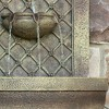 "31""H Rosette Leaf Outdoor Electric Wall Fountain - Florentine Stone Finish - Sunnydaze Decor - image 4 of 4"