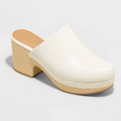 Women's Azalea Heels - Universal Thread™