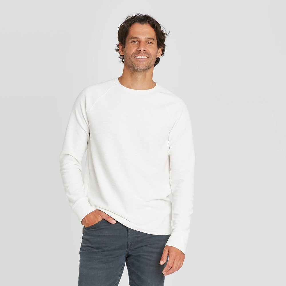 Best Men's Standard Fit ong Seeve Textured Crew Neck T-Shirt - Goodfeow & Co™