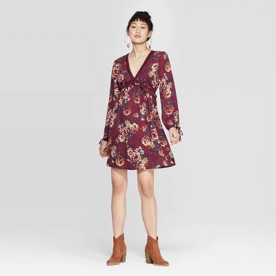 Women's Floral Print Long Sleeve V-Neck Lace Trim Mini Dress - Xhilaration™ Plum S