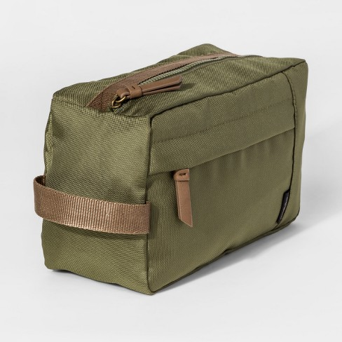 Toiletry Kit - Goodfellow & Co™ Green - image 1 of 2