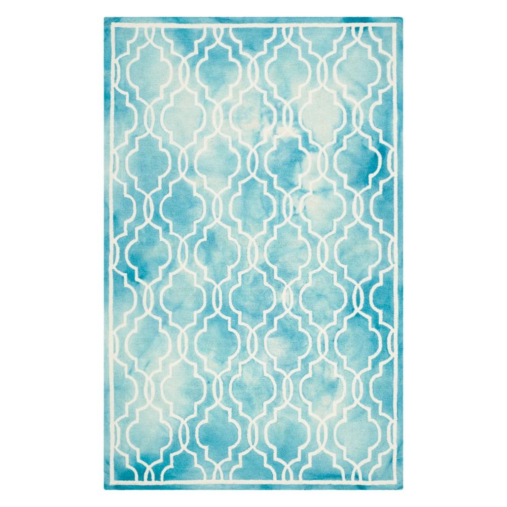 6'X9' Quatrefoil Design Area Rug Turquoise/Ivory - Safavieh