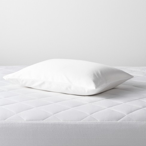 Mattress Clinic Pillow Protectors 2 Pack 100/% Stain and Waterproof