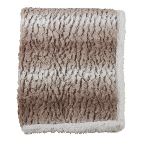 """50""""x60"""" Faux Fur Design Sherpa Throw Blanket - SARO - image 1 of 4"""