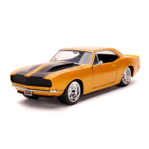 Jada Toys Big Time Muscle 1967 Chevy Camaro Die-Cast Vehicle 1:24 Scale  - Gold - image 1 of 4
