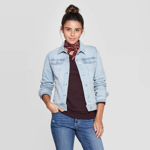 Women's Essential Freeborn Denim Jacket - Universal Thread™ Light Wash - image 1 of 3